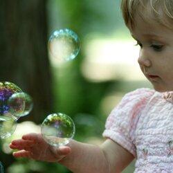 Мыльные пузыри - веселый и интересный подарок