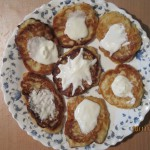 Сырники с яблоками и корицей