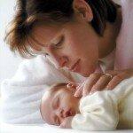 Плач новорожденного